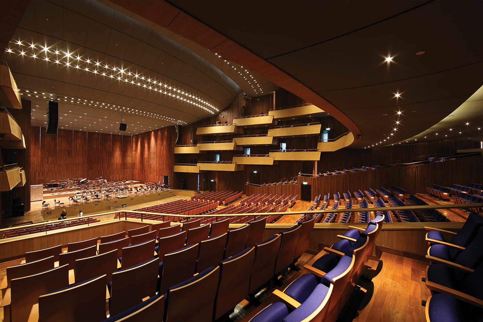 Pin Di Auditorium