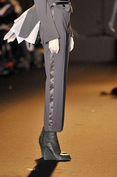 A.F. Vandevorst at Paris Fall 2011 (Details)