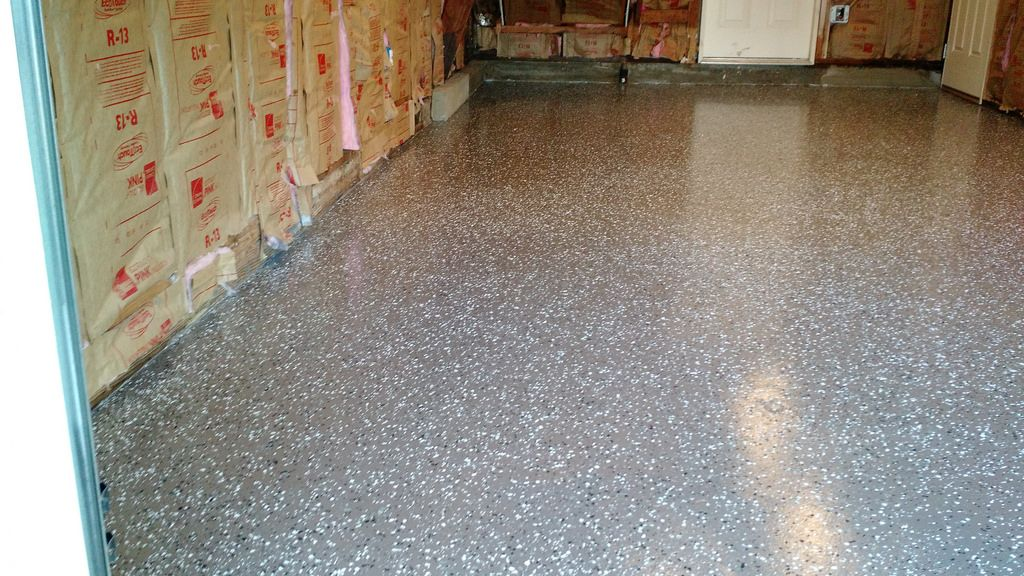 Do it yourself concrete floor application with flakes rust bullet do it yourself concrete floor application with flakes solutioingenieria Choice Image