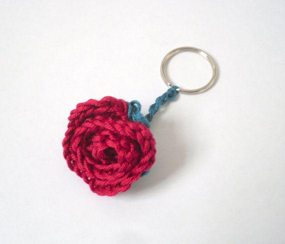Red Rose Crochet Keyring Woman S Romantic Rose Gift Rose With Leaves Keychain Crochet Keychain Crochet Flowers Crochet Rose