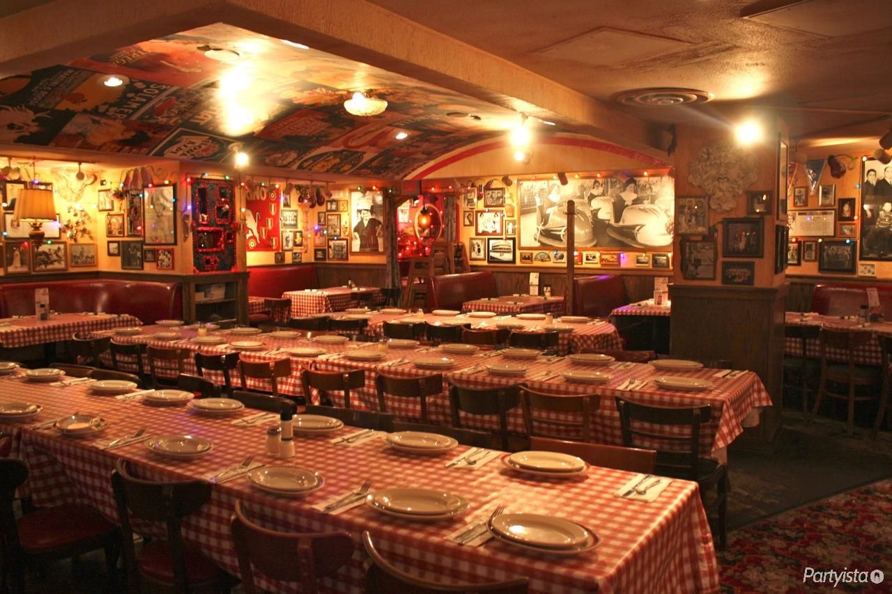 Buca Di Beppo Big Space Big Party Perfect For A Rehearsal Dinner