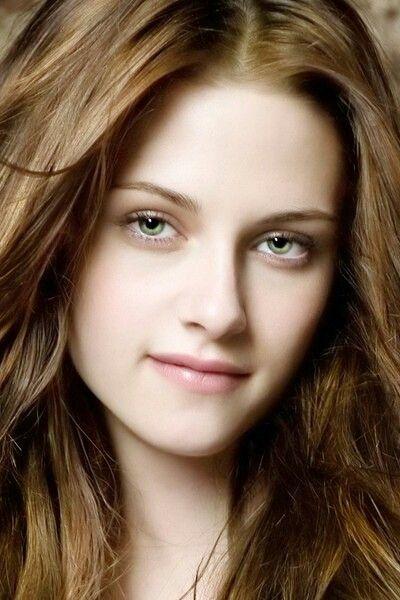 Pin By Giselle Escalante On Kristen Stewart Highlights For Dark Brown Hair Kristen Stewart Twilight Hair Styles