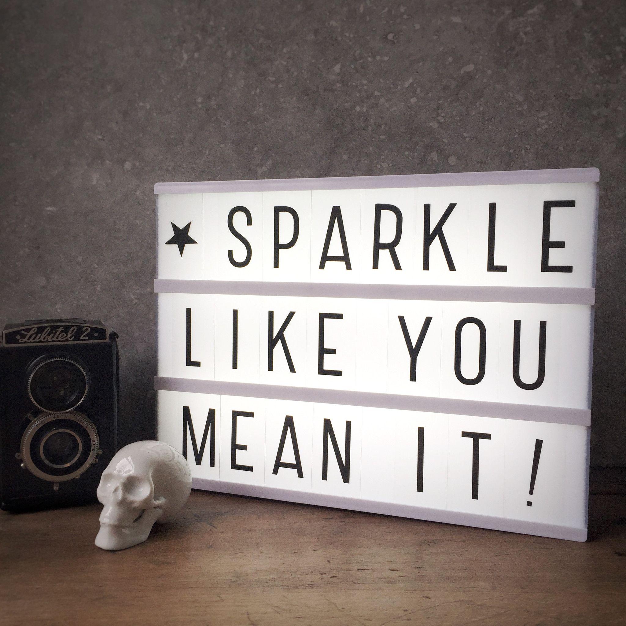 les 25 meilleures id es de la cat gorie citations lightbox sur pinterest caisson lumineux. Black Bedroom Furniture Sets. Home Design Ideas
