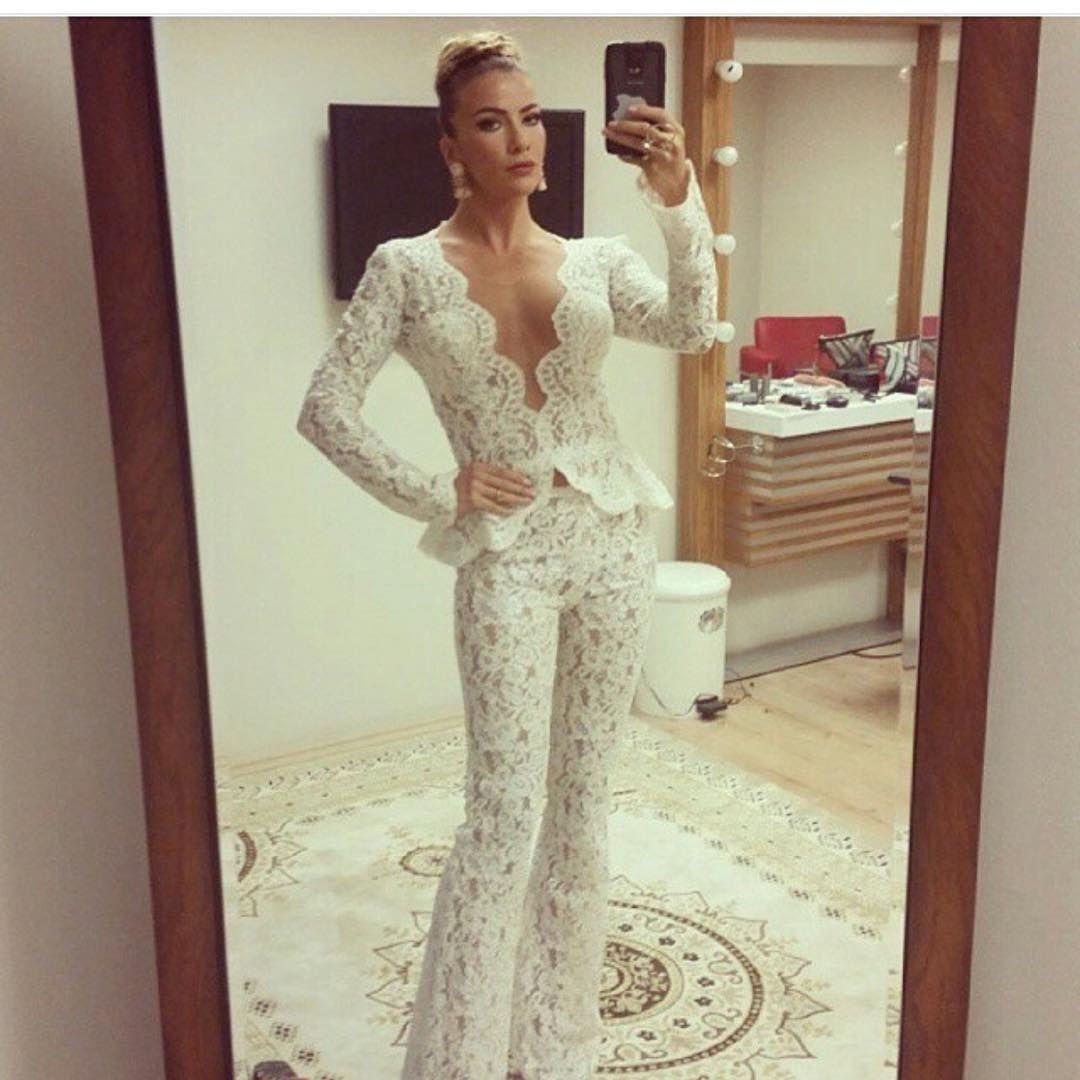 Ivana Sert Kostum Ertan Kayitken Tbt Wedding Dresses Lace Wedding Dresses Dresses