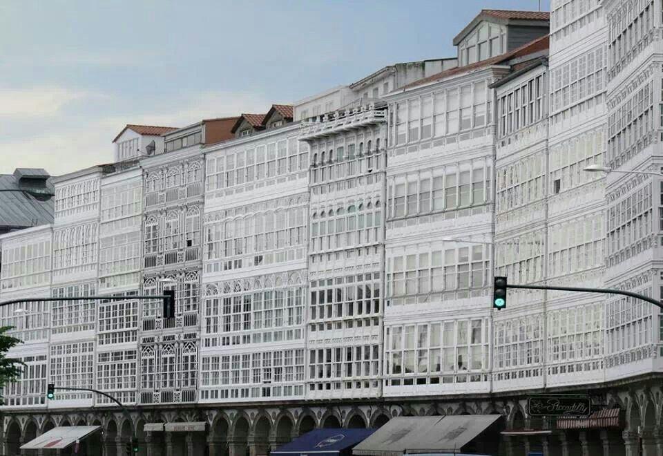 Galerías De La Marina En La Ciudad De La Coruña Galicia España Spain Paisajes De España España Viajes