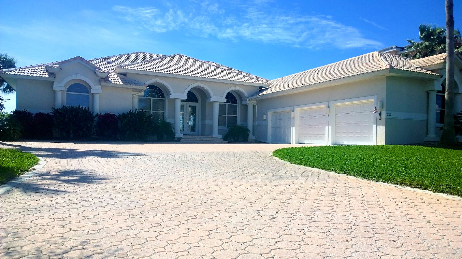 Florida homeowners insurance call us today for a free