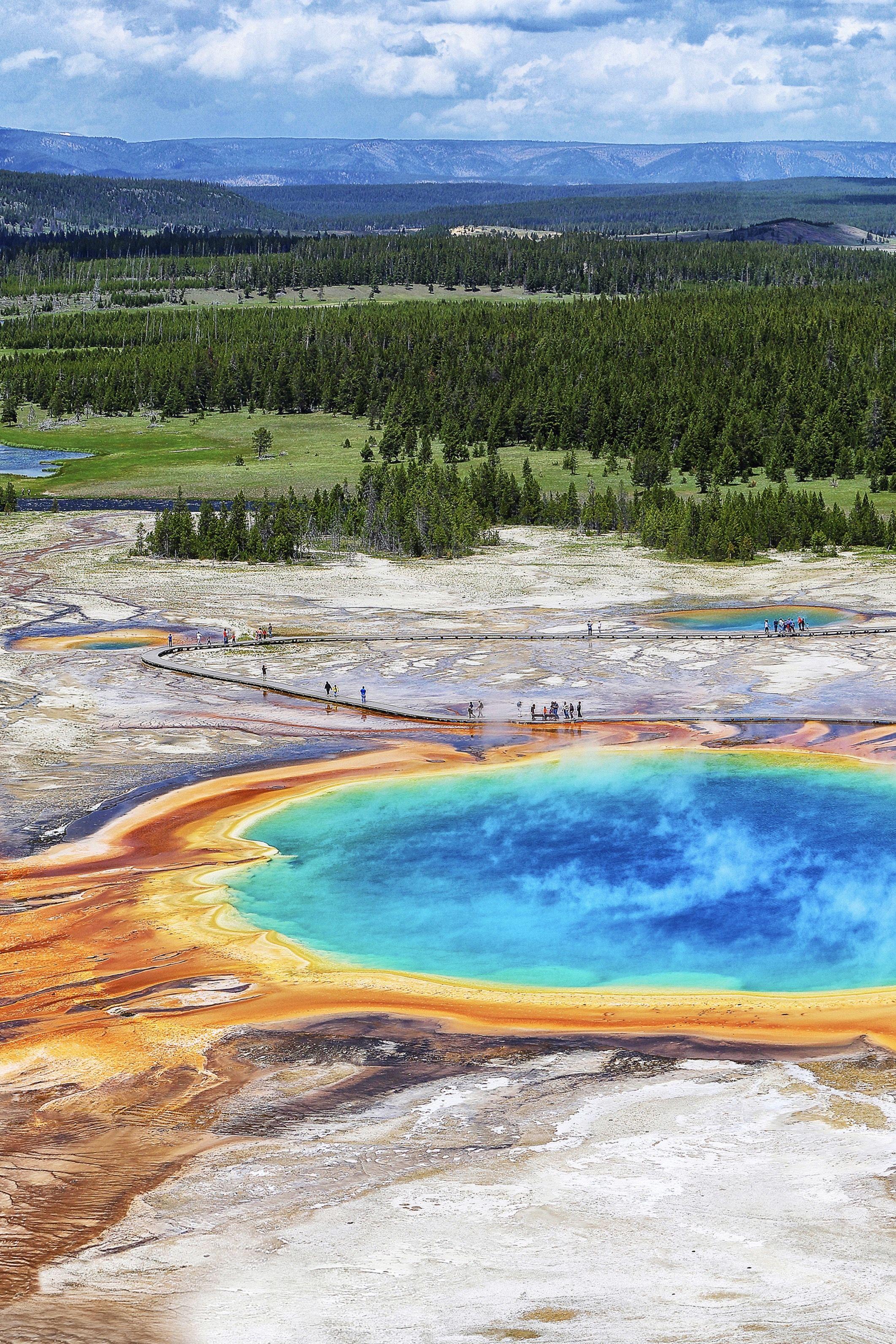 Virtual Tour Yellowstone National Park National Parks Tour Around The World Yellowstone National Park