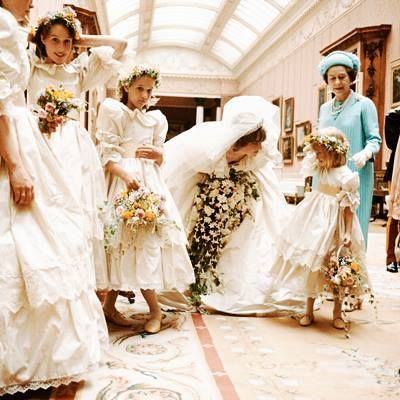 Princess Diana S Sweet Moment With Her Flower Girl Before The