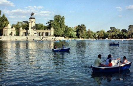 Qué Ver En Parque Del Retiro Viajar A Madrid Actividades En Madrid Parque Del Retiro Parques