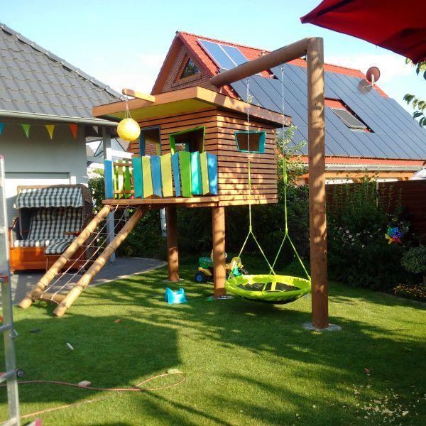 Kinderspielhaus im Garten