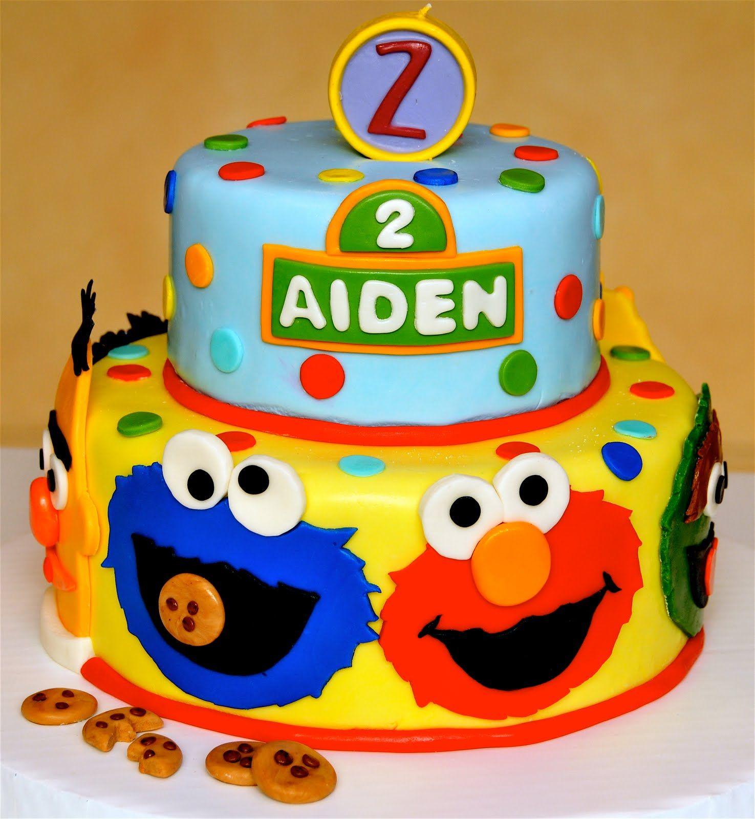 Cute Sesame Street birthday cake I wish my son still loved Elmo as