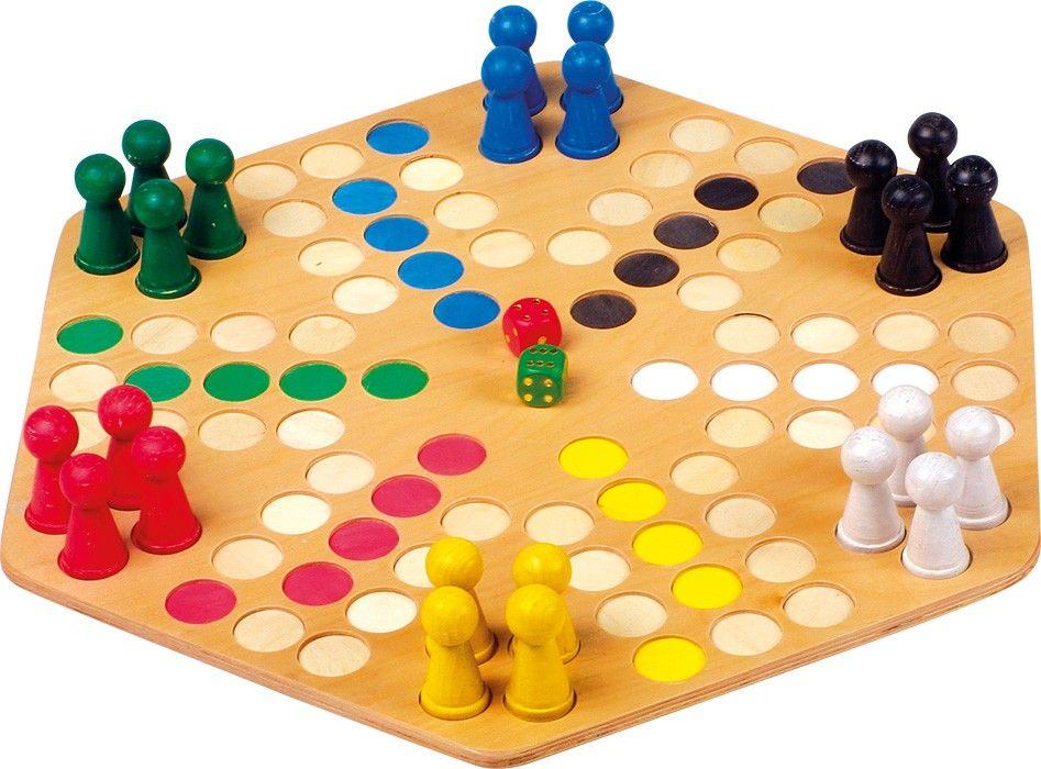 Für kleine oder unsichere Hände ist dieses Spielbrett genau das richtige. Die großen Figuren lassen sich vorallem mit Kinderhänden optimal greifen. Zudem finden hier sechs Spieler Platz. Ein Spaß für die ganze Familie. ca. 42 x 48 x 5 cm