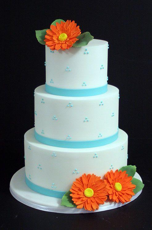 02 17 Rustic Ideas Plum Pretty Sugar Daisy CakesBlue CakesFlower CakesModern Wedding