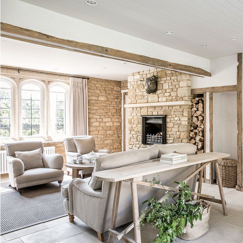 This Country Chic Living Room Is Everything Rachel: The Best UK Self-catering Holidays