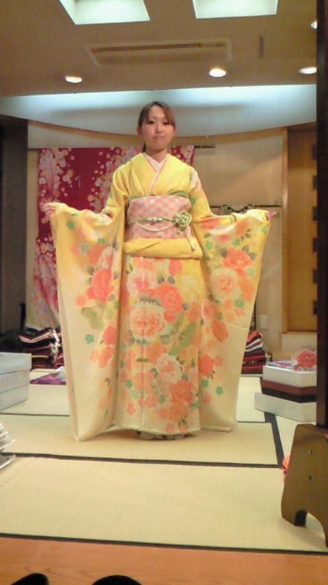 絹の柳屋★振袖コレクション♪