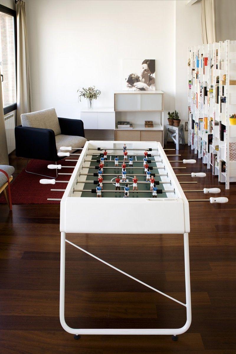 un futboln en casa salon recibidor futbolin libreria