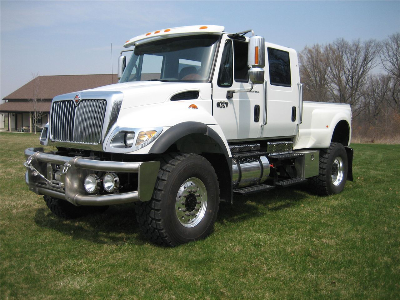 International Cxt Custom Sport Chassis Trucks And Toters Trucks