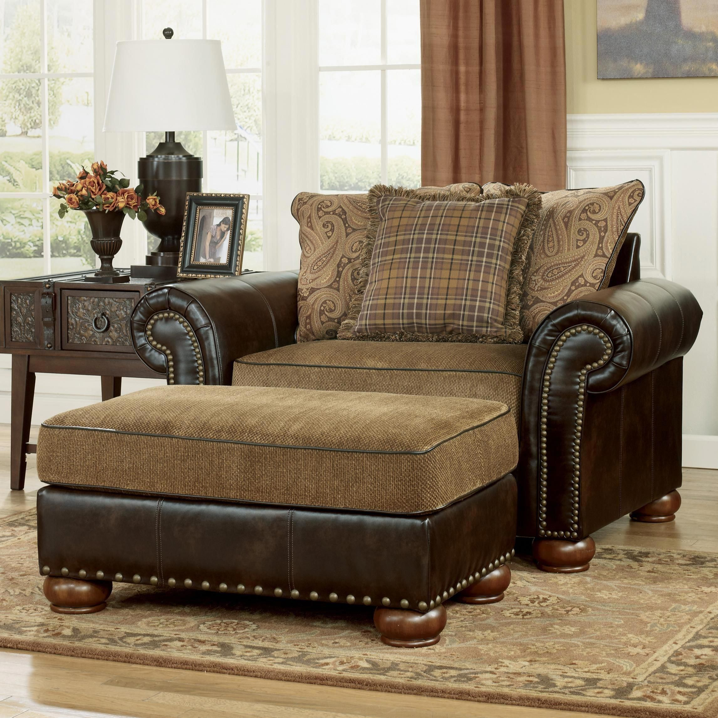 UpholsteredSwivelChairs Chair and a half, Furniture
