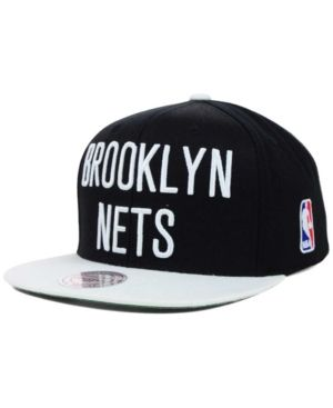 00851be9d02 Mitchell   Ness Brooklyn Nets Xl Logo Snapback Cap - Black Adjustable