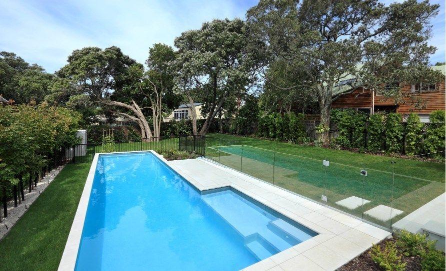 10 Safety DIY Swimming Pool Fence Ideas swimmingpool