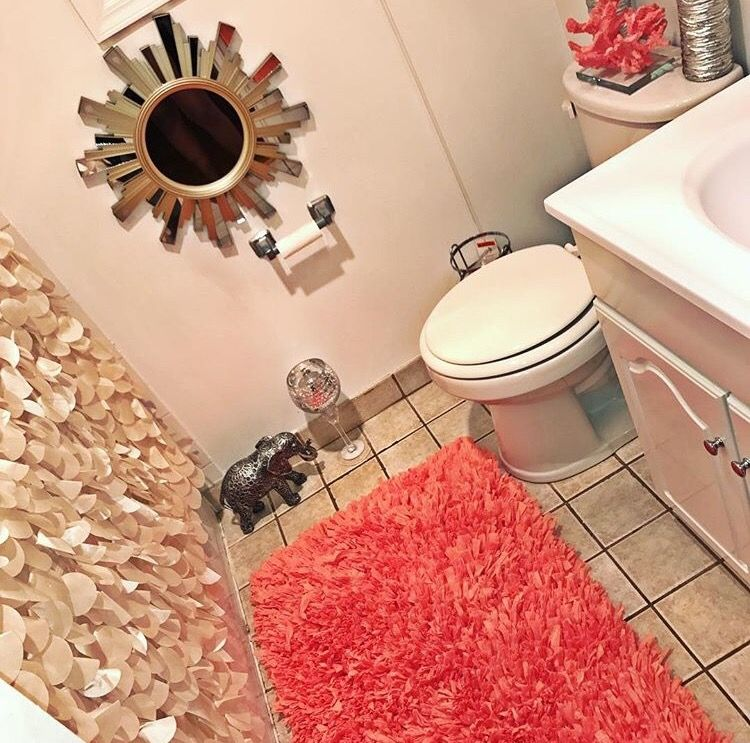 Loving This Bathroom Color Scheme And Accessories Bathroom Decor Apartment Apartment Decor Bathroom Color Schemes