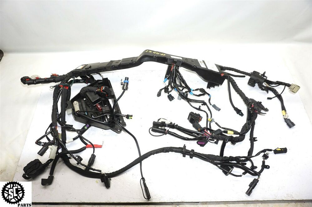 Advertit eBay) 2017 2018 HARLEY DAVIDSON TOURING STREET ... on club car wire harness, harley davidson radio harness, harley davidson wire colors, bmw wire harness, harley davidson wire connectors, mercury marine wire harness,