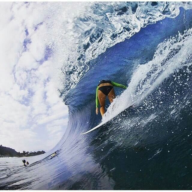Photos of 2015 Surf n Sea Pipeline Pro - Carissa Moore