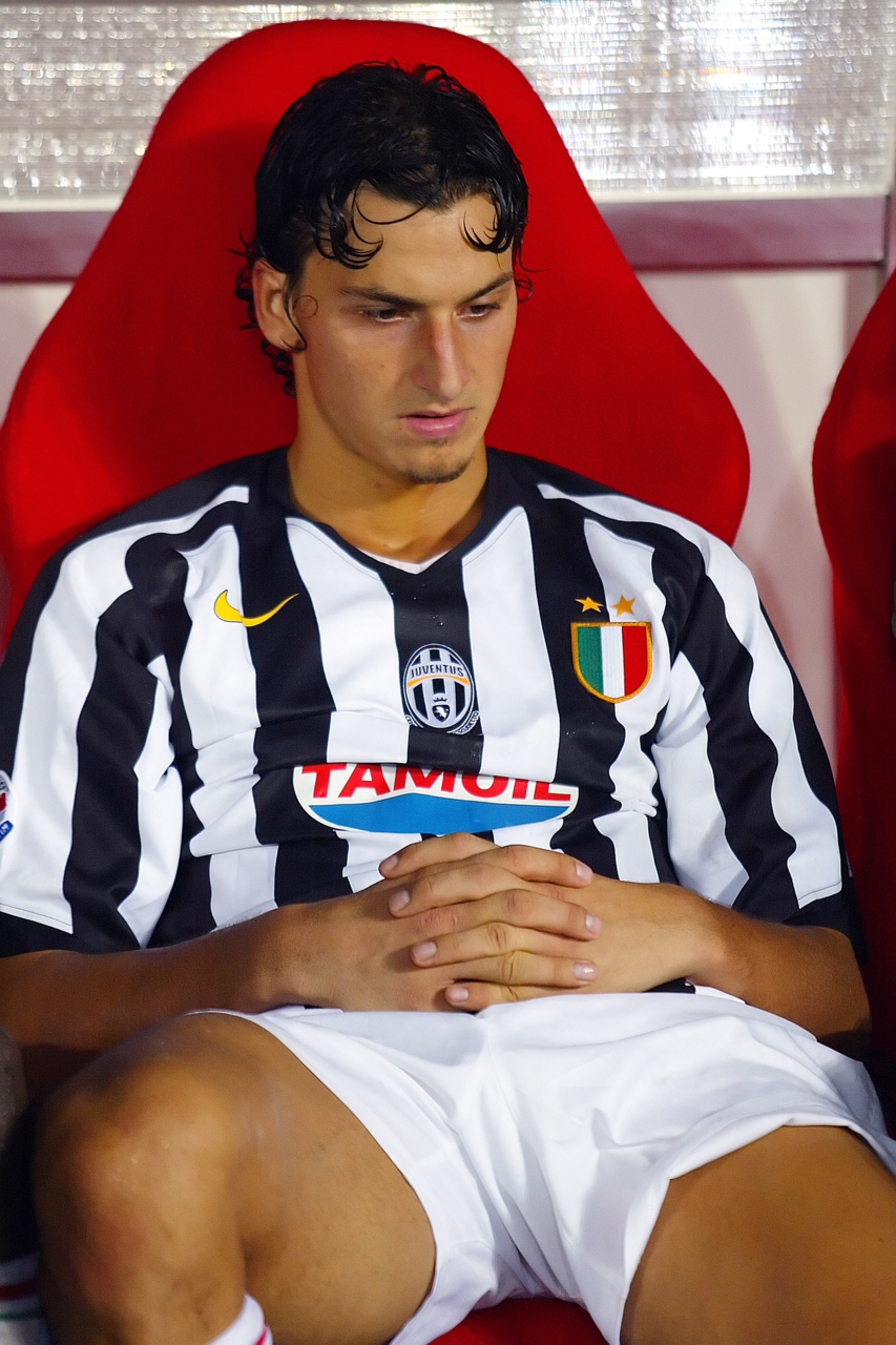1000 Images About Zlatan Ibrahimovic On Pinterest Mobiles