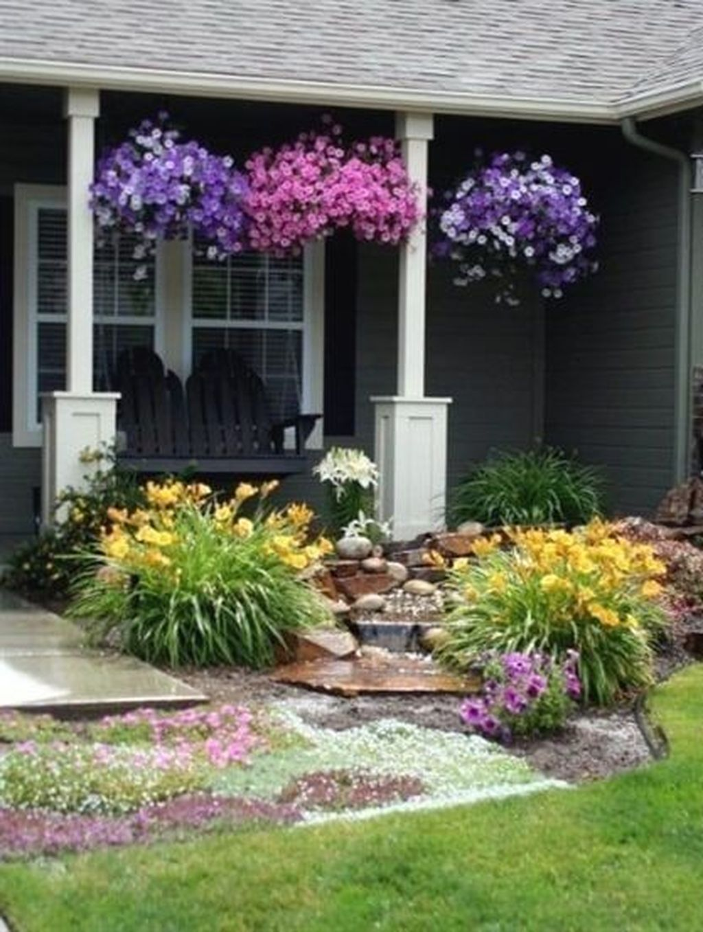 35 Charming Front Yard Landscaping Design Ideas With Urban ...