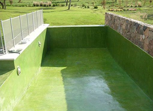 Aplicar en la piscina cemento alisado para piscina for Piscinas naturales hornillo
