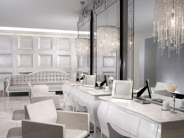 Salon De Coiffure Classique Et Baroque Salon Esthetique