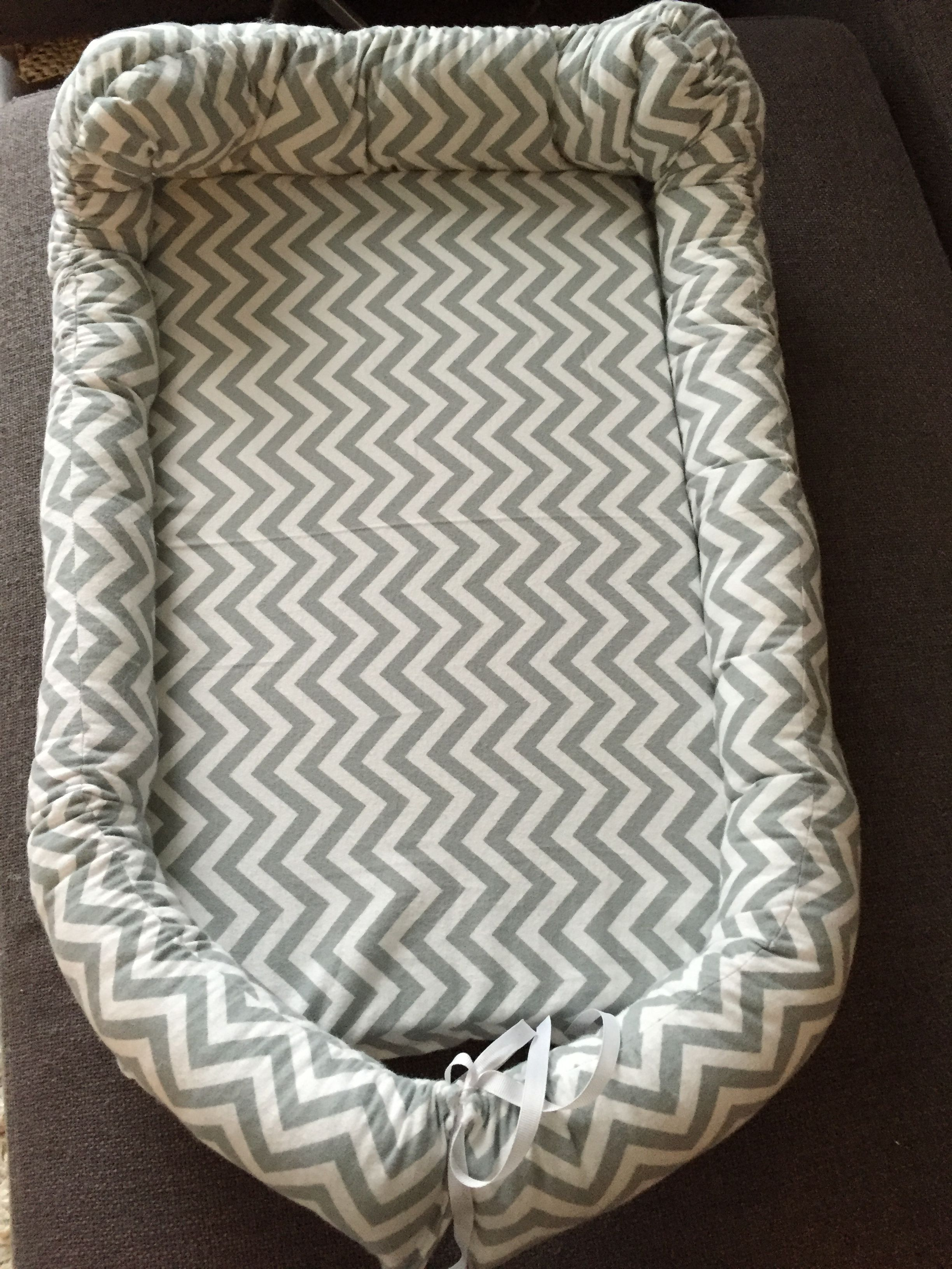 Diy baby co-sleeper pillow                                                                                                                                                                                 Mais