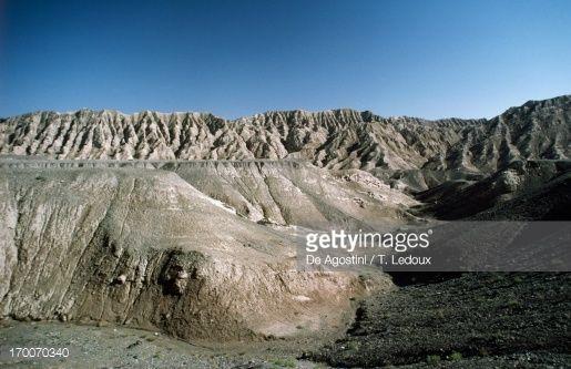 China Kashgar Area Taklamakan Desert Effects Of  Rock Erosion Stock ... Doğu Türkistan Kaşgar Kenti Eastern Turkistan Kashghar City دوغو تورکیستان کاشقار شه هه ری