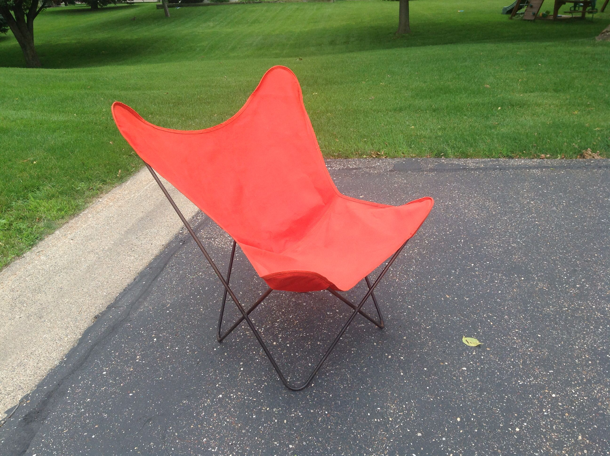 Wrought Iron · 1950s 60s Hardoy (Butterfly Chair). Very Good Condition With  Original Salmon Canvas