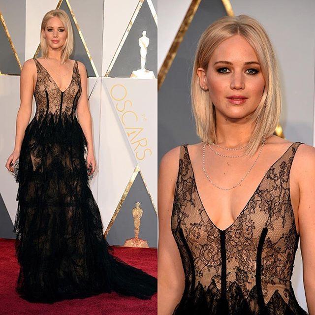 """Just Jared on Instagram: """"#JenniferLawrence #Dior #Oscars ..."""