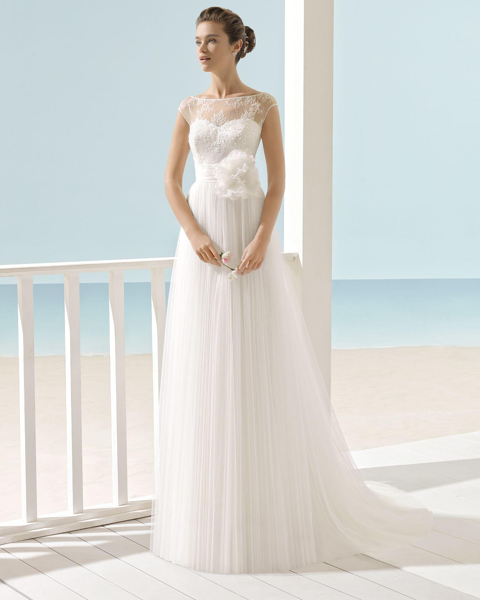 Pin von marina boulay auf Brautkleider und Schuhe | Pinterest ...