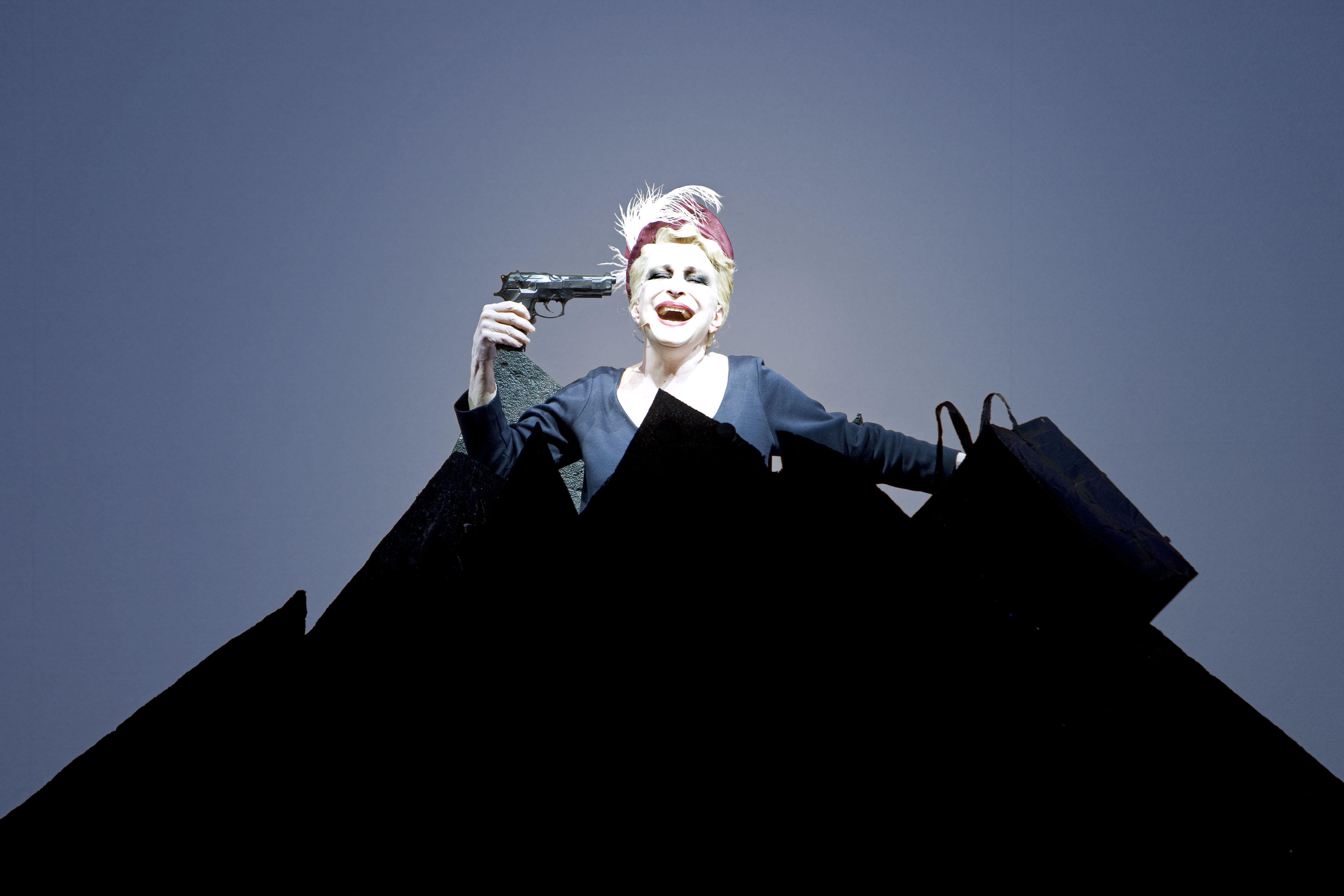 Giorni Felici Di Samuel Beckett Con Adriana Asti E Giovanni