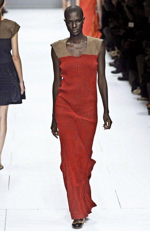 Issey miyake japanese fashion designer 100