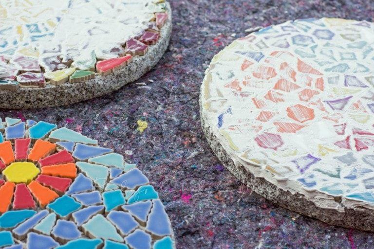 Diy Mosaik Gehwegplatten Fur Den Garten Hausbau Garten Diy Inspirationen Baby Kind Und Meer Gehwegplatten Mosaik Steinstufen