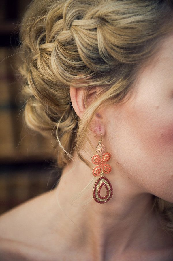 Couldn't decide whether to pin the Hairstyle or the Earrings ;) Photography by Nova Markina