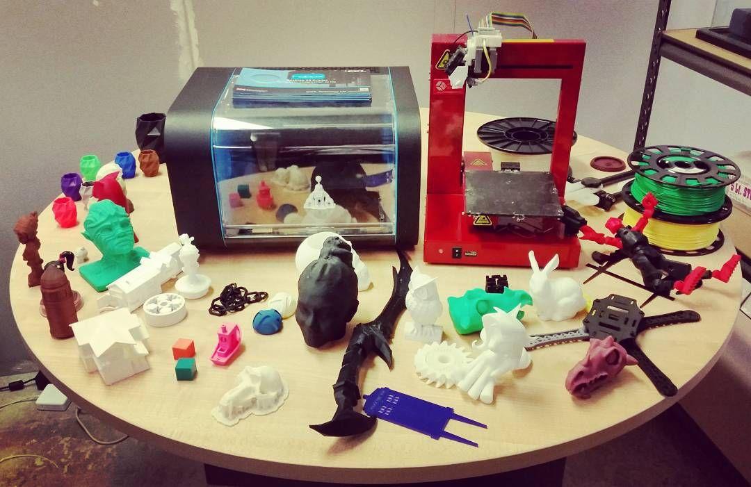 #3DPrinting meetup @frontier3d_au last night #3DPrinters #Perth #WesternAustralia  #Manufacturing #Materials #Plastics #3DFuture #DesigntoReality by matteovinci