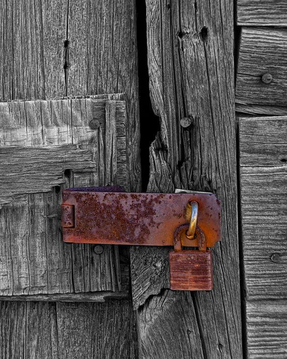 Rusted Padlock On Rustic Wooden Door A Fine By Randynyhofphotos 35 00 Wooden Doors Old Wooden Doors Doors