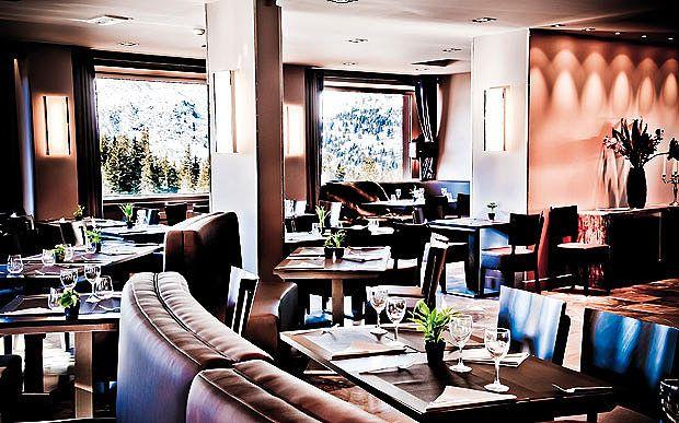 Meribel Restaurants Restaurant Table Settings Table