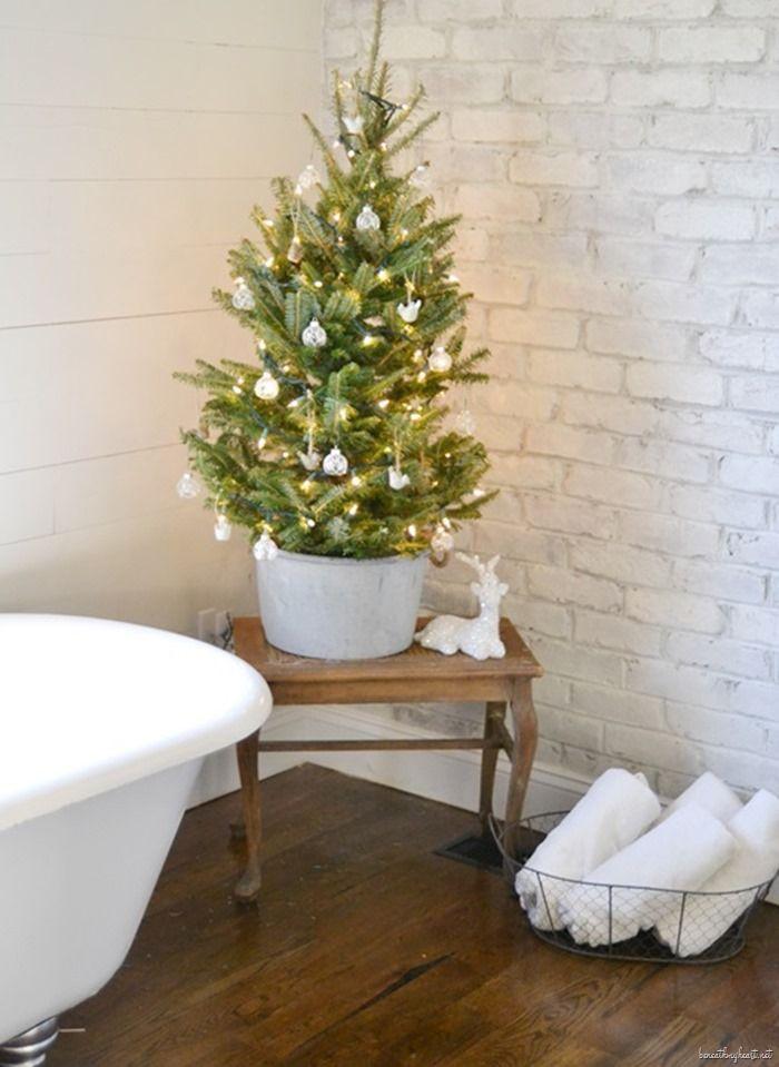Christmas Home Tour {Part One Tabletop, Holidays and Christmas tree