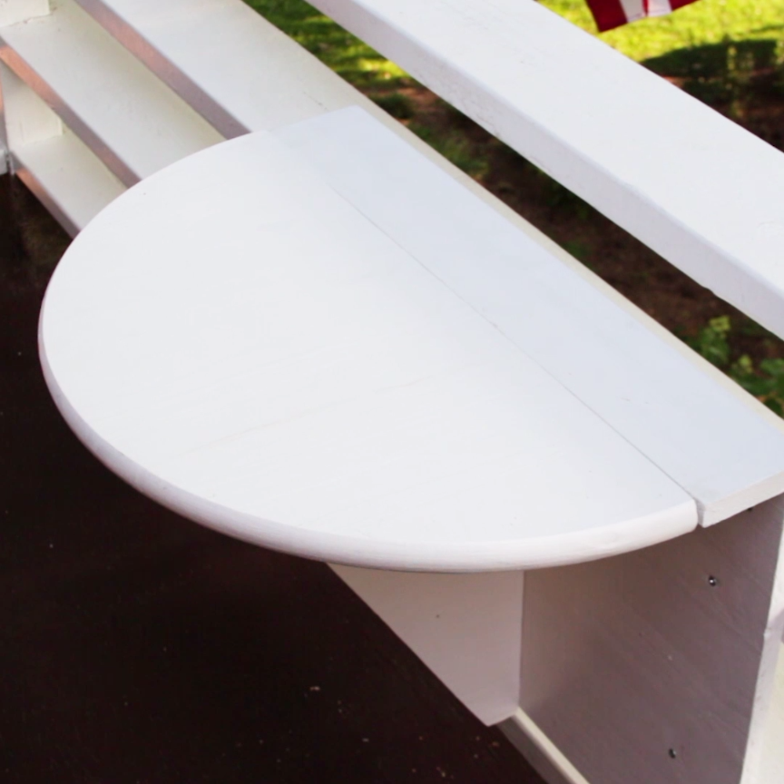 Is Your Balcony Too Tiny For Furniture? This DIY Murphy Table Is Perfect When You're Short On Space #outdoorbalcony