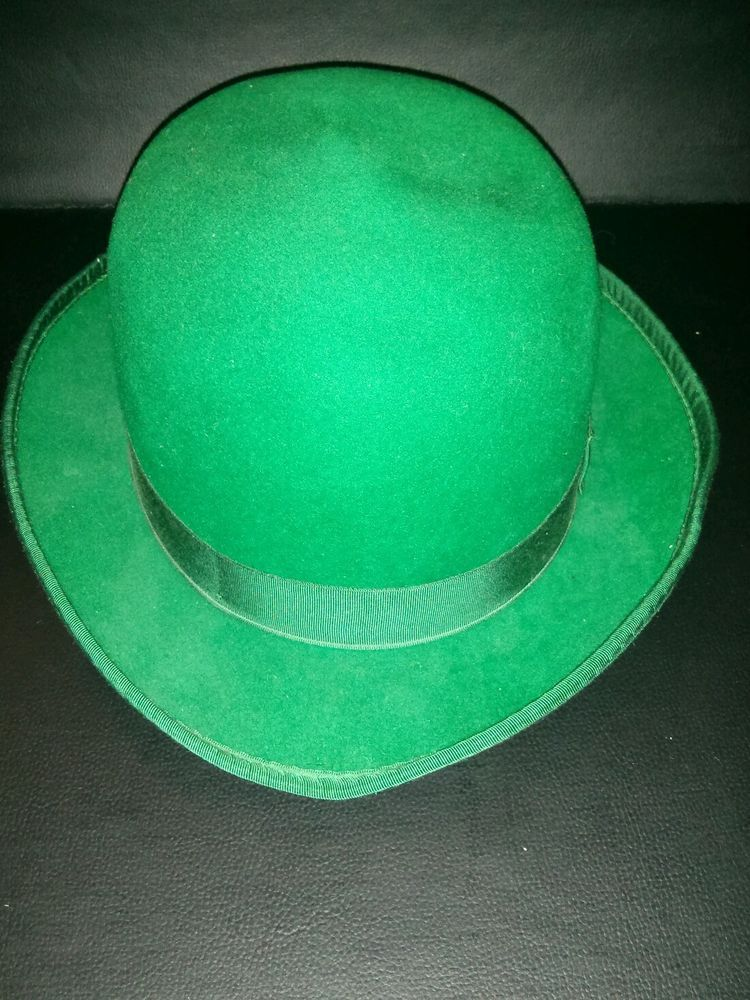 d14d6f20d36 VINTAGE MARSHALL FIELD   COMPANY MENS GREEN DERBY HAT SIZE SMALL-ST. PATS  DAY!  Derby
