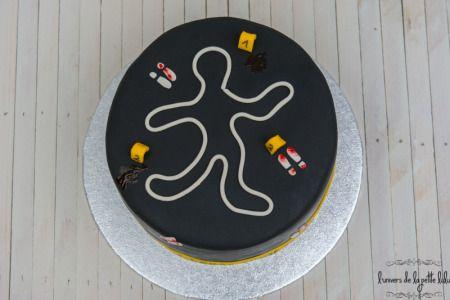 Crime Scene Cake-7