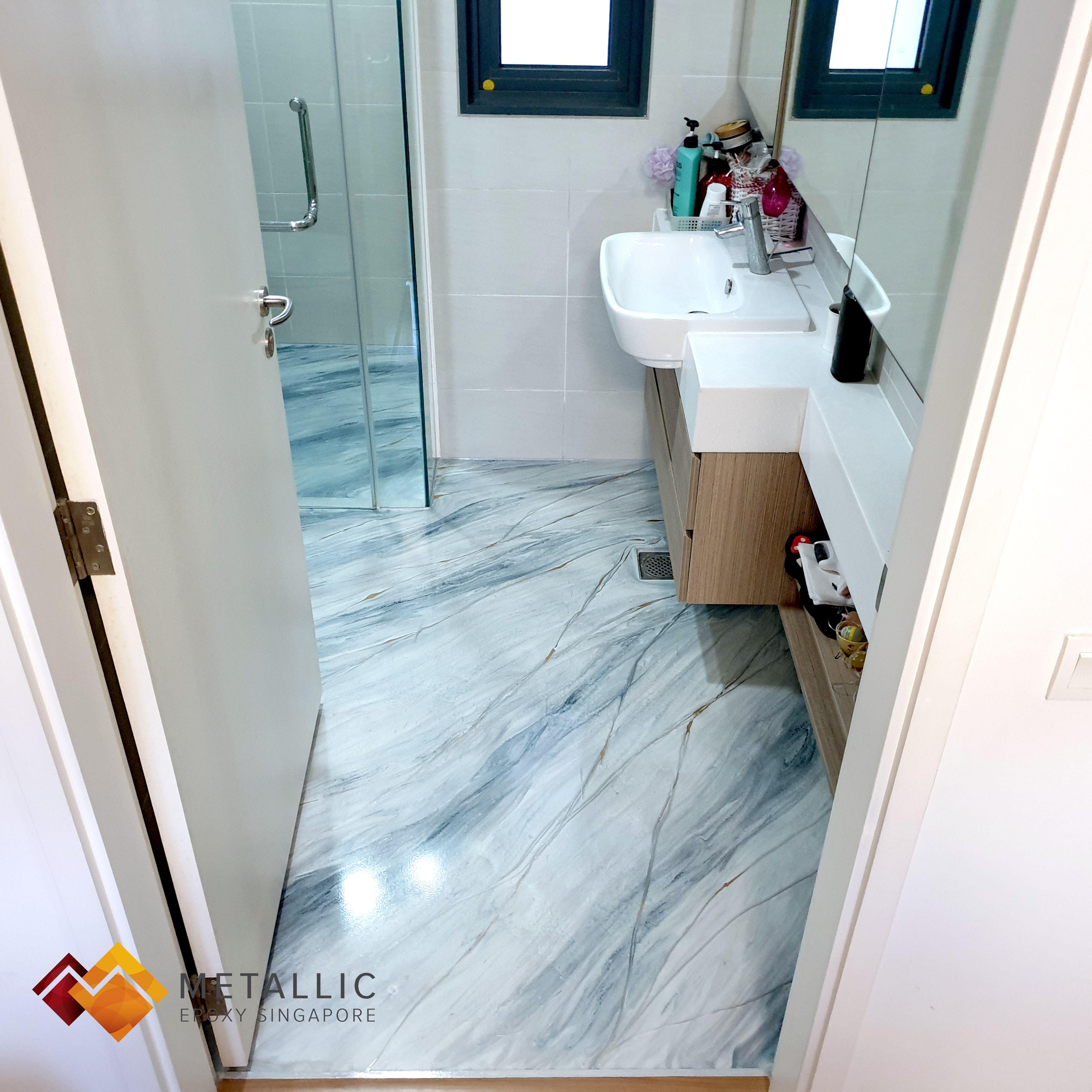 Metallic Epoxy Silver Gold Highlights On Light Grey Marble Bathroom Floor In 2020 Grey Marble Bathroom Grey Marble Bathroom Floor Marble Bathroom Floor