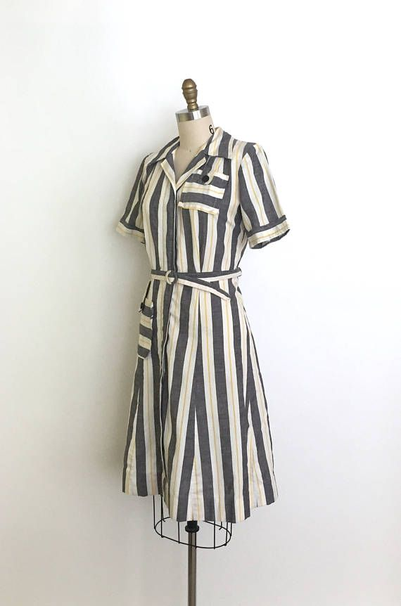 vintage 1940s dress 40s stripe day dress with a zip front