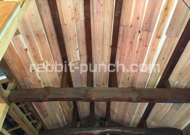 梁見せ天井diy 羽目板の杉相じゃくり板を貼ってオシャレにする 天井